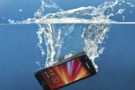 Three Excellent Waterproof Smartphones To Consider