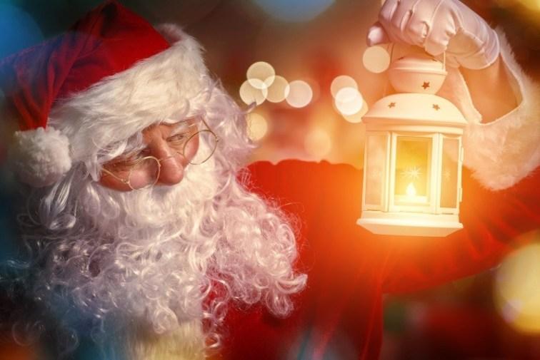Christmas Santa Lantern Wallpaper