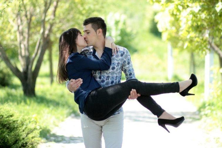 Couple Photoshoot Idea 6