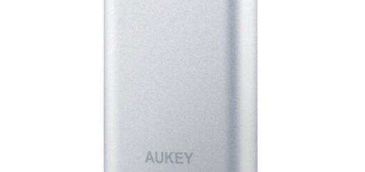 Aukey PB-T1 da 10400mAh: power bank compatto ma potente 12