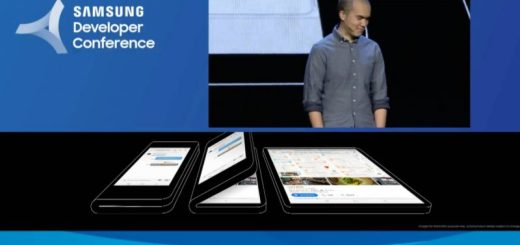 Samsung mostra per la prima volta lo smartphone pieghevole 3