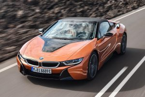 The New Bmw I8 Review Favours Hybrid Engine Over The 540 Bhp V8