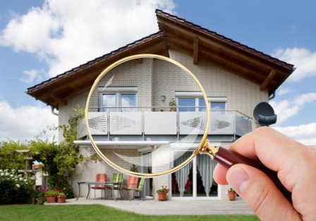 Magnifying glass pointed at Home - 5 star Home Inspection services Long Island