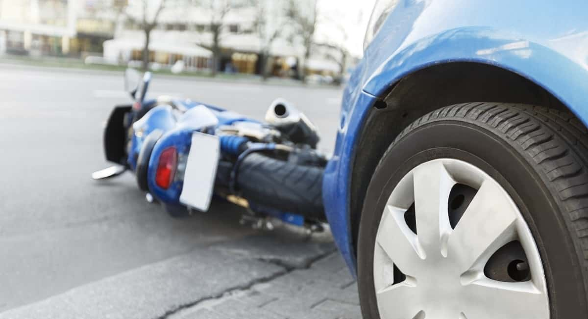 HOW TO CHOOSE A BEST MOTORCYCLE ACCIDENT LAWYER