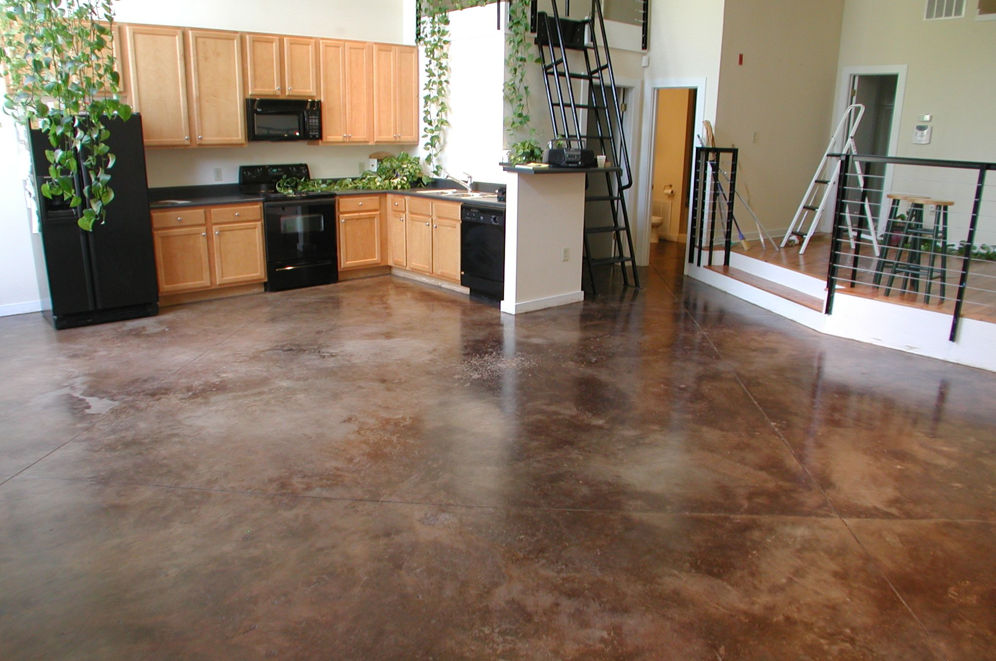 Why Your Concrete Floor Needs an Expansion Joint