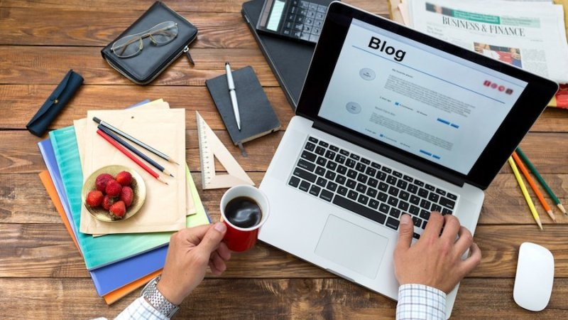Blog Into a Business