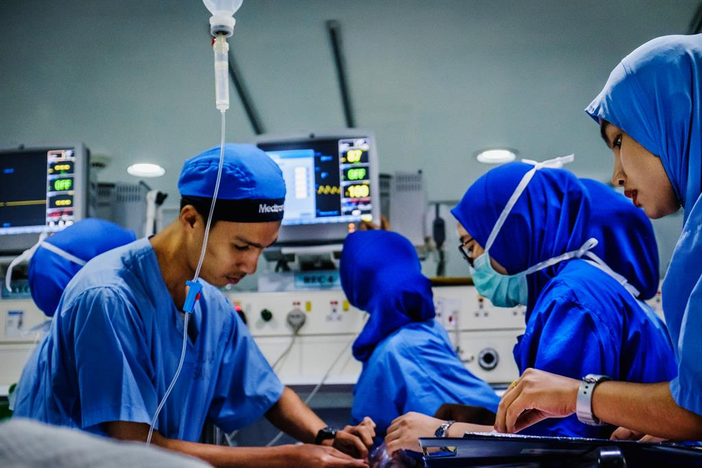 How healthcare solutions play an important role in the hospital sector