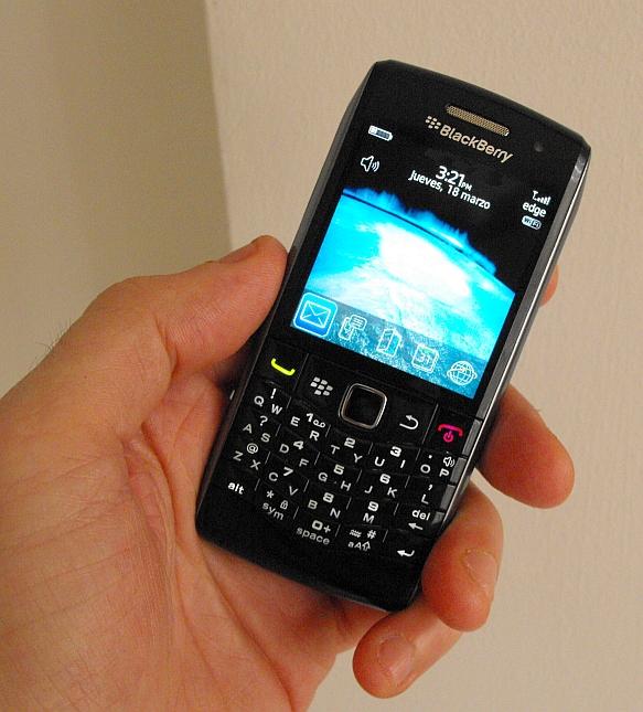 BlackBerry Pearl 9100 1.jpg