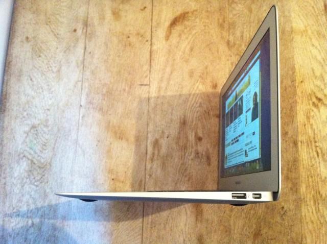 MacBook Air 4.JPG