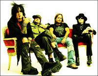 Motley_Crue-rock-band-single-sales.jpg