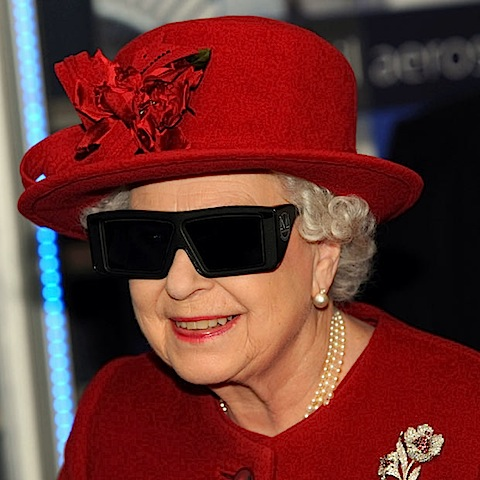 Queen's Christmas speech to be broadcast in 3D: Will you be ...