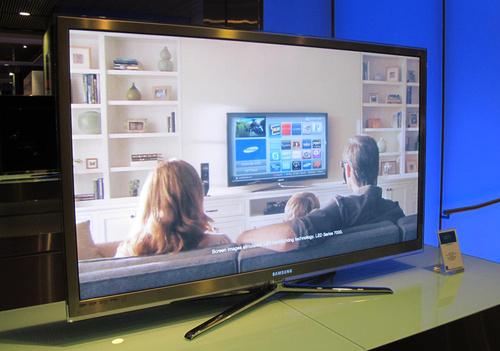 Samsung UN65C8000.jpg
