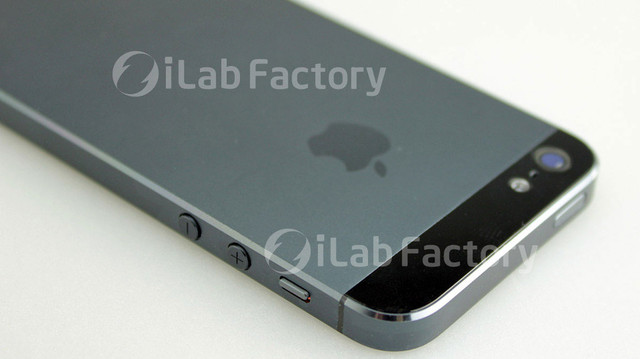iPhone5_assembled-2.jpg