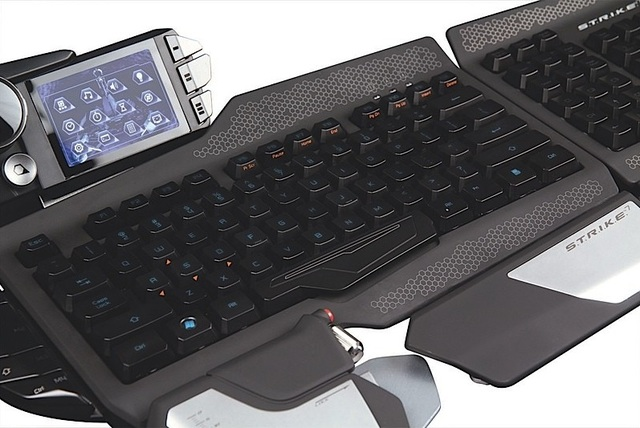 strike-7-keyboard.jpg