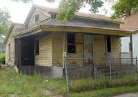 ebay-woman-pays-1.75-for-house-in-Saginaw.jpg