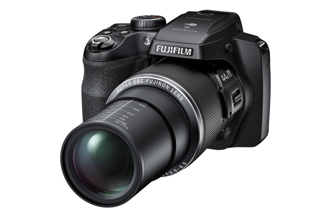 fujifilm-finepix-s8400w-top.jpg