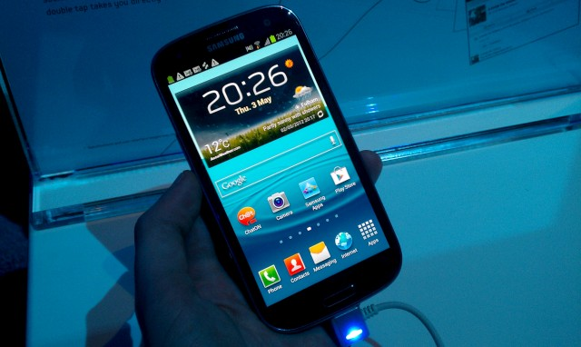 galaxy-s3-launch 10.jpg