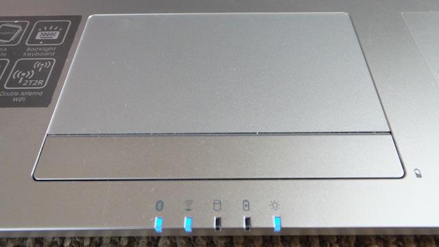 gigabyte-U2442F-3.JPG