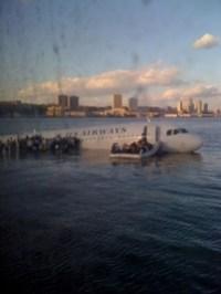 hudson-plane-crash-twitter.com.jpg
