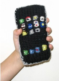 knitted-iphone.jpg