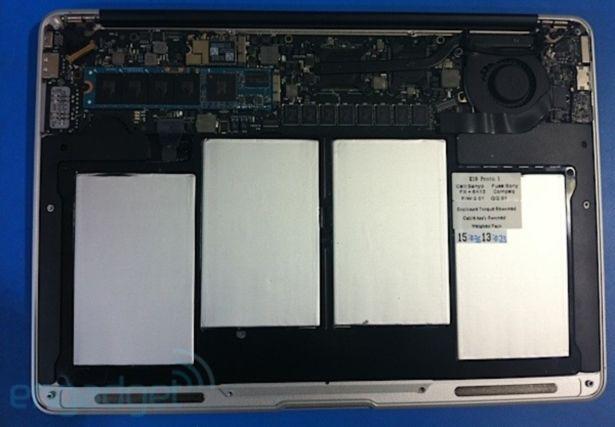 macbook air inside 2010.jpg