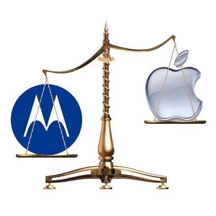 motorola-vs-apple.jpg