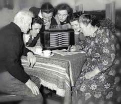 old_radio_1.jpg