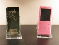 pinkmp3player.jpg