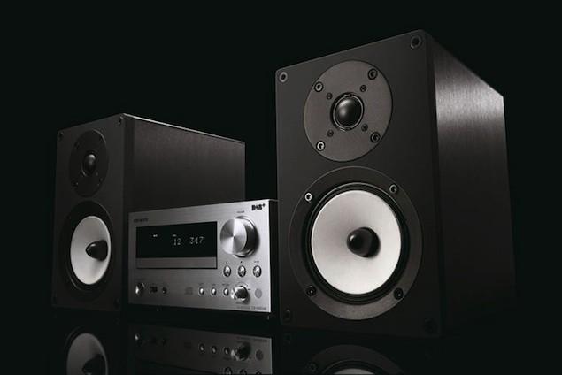 Onkyo Mini Hi Fi Receiver IPod Dock DAB CD Player All In One Tech Digest