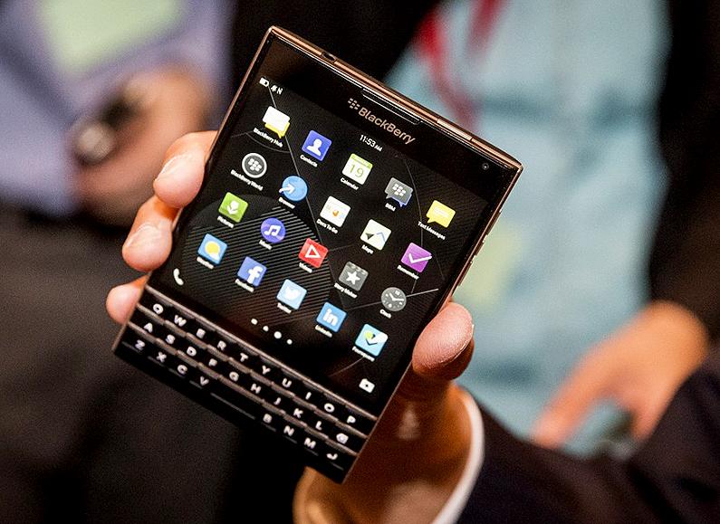 new-blackberry-passport