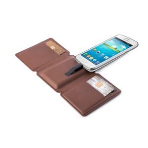 SEYVR-Phone-Charging-wallet-Brown-Android-Cuckooland