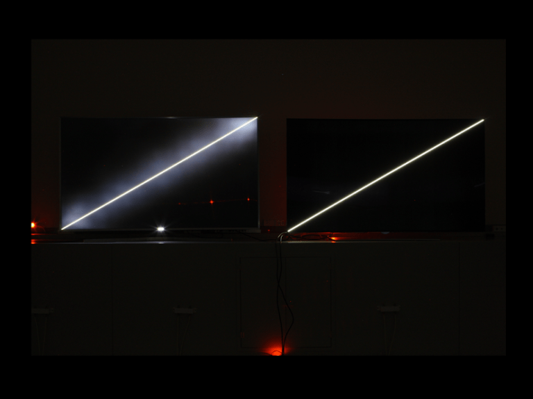 Sharper blacks. On the left an LCD TV screen, on the right LG's OLED TV