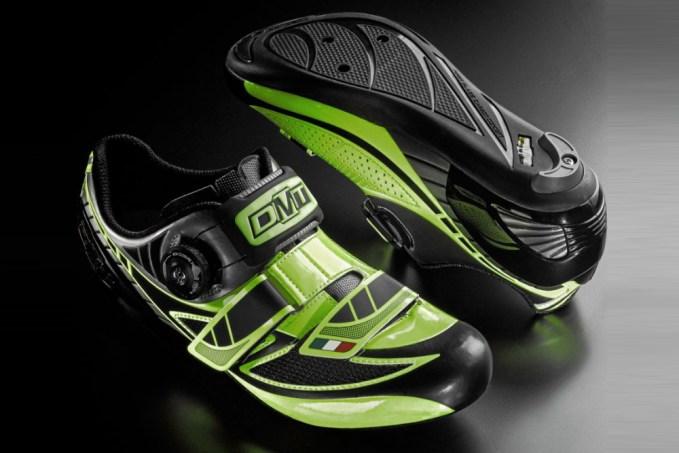 DMT-Pegasus-Carbon-road-shoes.jpg