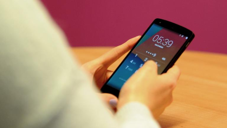 Only 3 in 10 smartphone users bother to back up data
