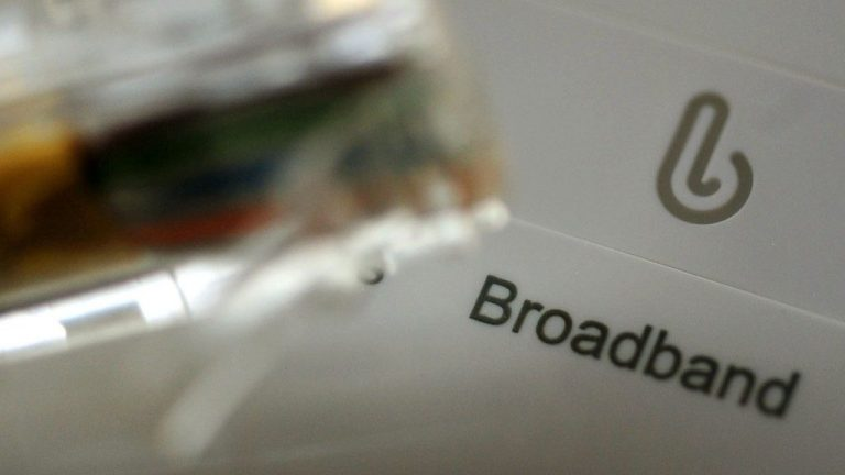 Universal gigabit broadband 'will boost UK economy'