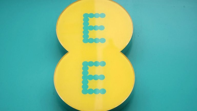 EE Mobile Network data report – usage shifts from cities to suburbs