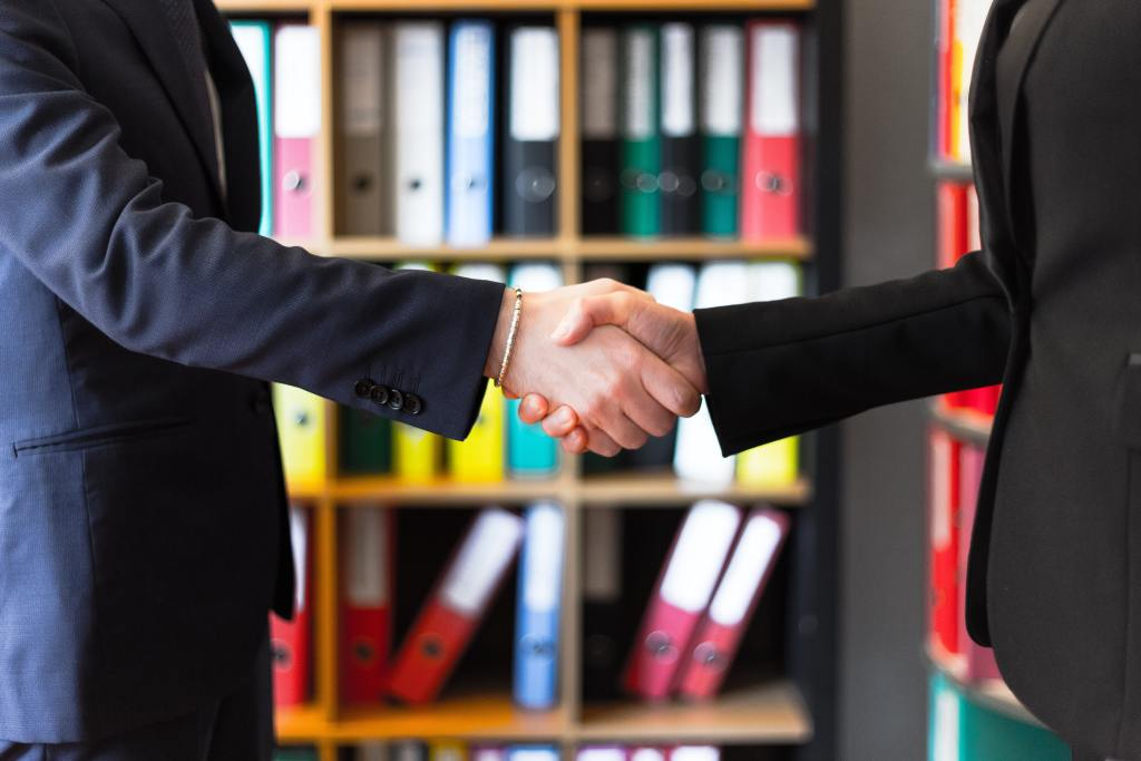Business Professionals Share Their Tips on How to Negotiate a Better Salary and What to Avoid When Negotiating