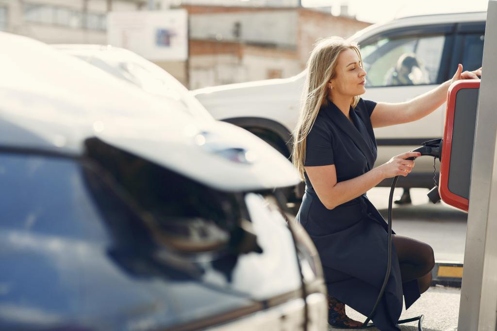 Women less likely to buy EVs than men, research shows