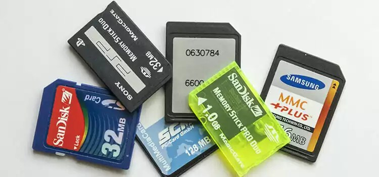 What is SD card