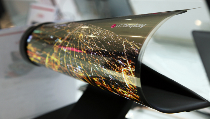 CES+2016_18+inch+Rollable+OLED+LG