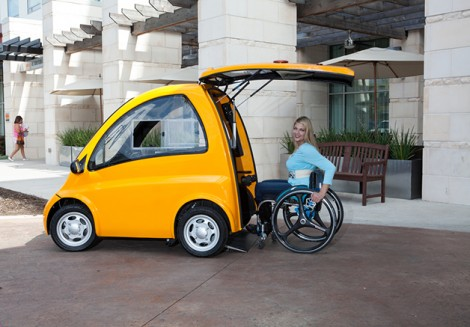 carro-elétrico-para-utilizadores-de-cadeira-de-rodas-470x327