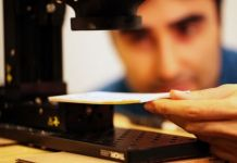 A new device can read closed books by using terahertz radiation to penetrate through surfaces.