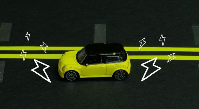 car, yellow car,