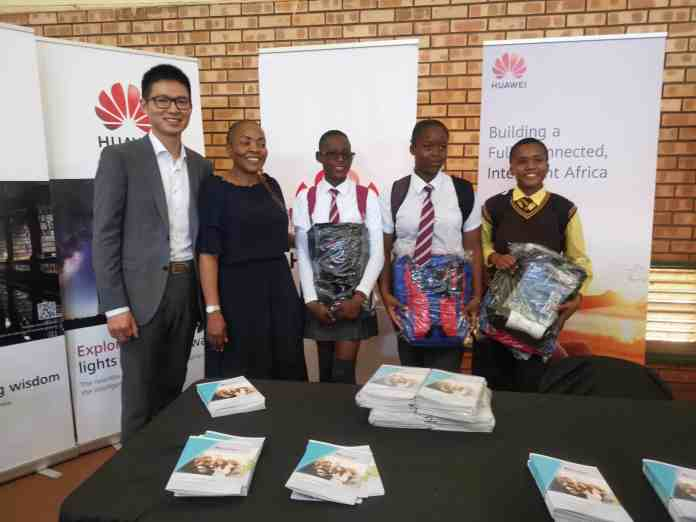 Huawei supports DCDT's high school ICT career expo for learners in Limpopo