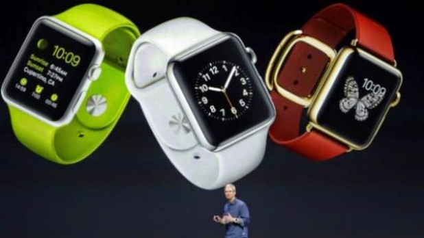 AppleWatch_TimCook_AP1-624x351