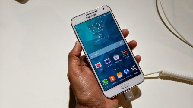 Galaxy-E7-2
