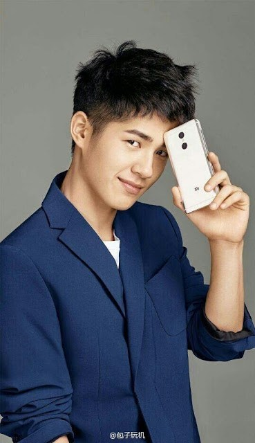 Xiaomi-premium-smartphone-Haoran-Liu