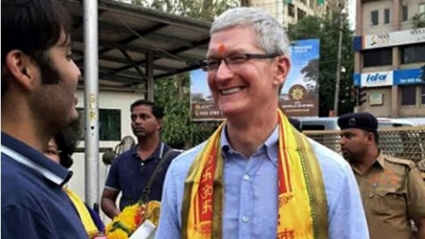 Apple-Tim-Cook-Shree-Siddhivinayak-temple