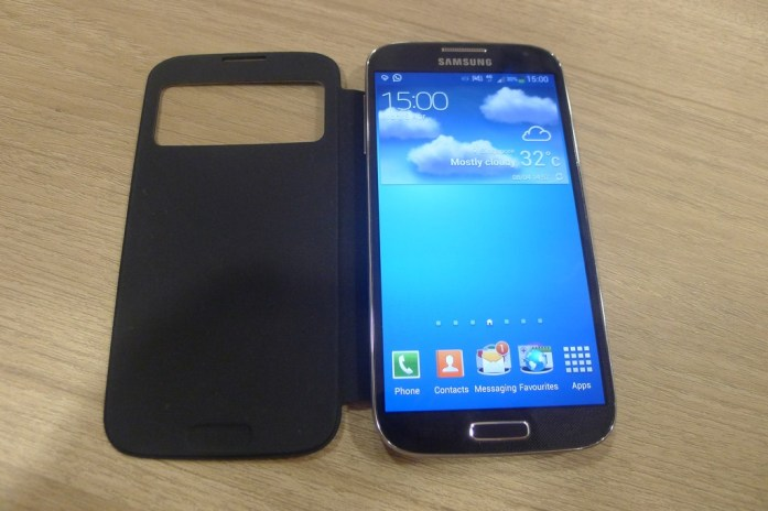 Samsung Galaxy S4 smart cover