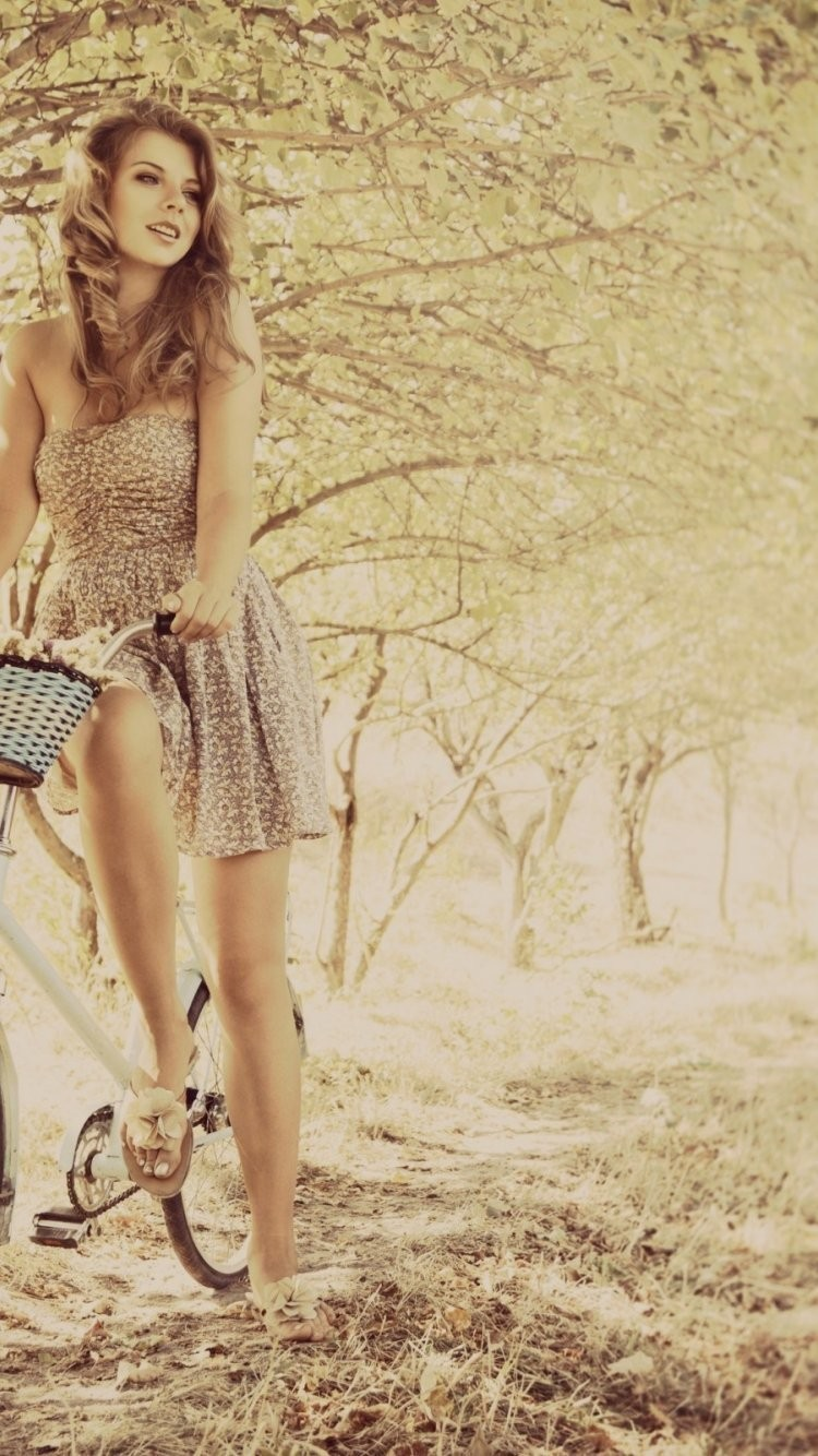 iPhone-7-cute-girl-with-bycycle-wallpaper